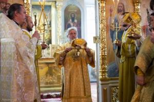 Божественная литургия в неделю 9-ю по Пятидесятнице